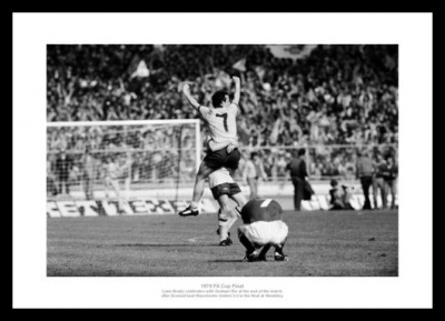Arsenal 1979 FA Cup Final Liam Brady Celebrates Photo Memorabilia