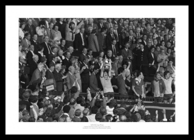 Arsenal FC 1979 FA Cup Final Pat Rice & Cup Photo Memorabilia