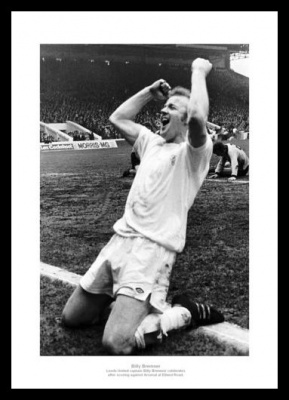 Billy Bremner Memorabilia - 'Celebration' Leeds United Photo