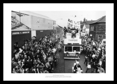 Liverpool FC 1981 European Cup Final Street Celebrations Photo
