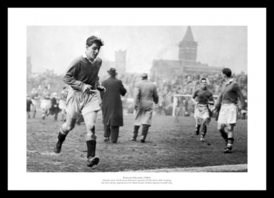 Duncan Edwards First Game Manchester United Photo Memorabilia