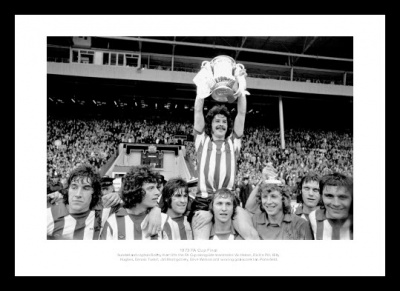 Sunderland 1973 FA Cup Final Team Celebrations Photo Memorabilia