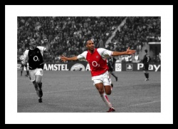 Thierry Henry Arsenal v Inter Milan 2003 Spot Colour Photo Memorabilia