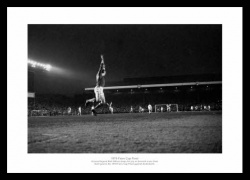 Bob Wilson 1970 Fairs Cup Final Framed Picture Memorabilia