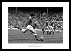 Barry John Memorabilia - 1972 Five Nations Wales Rugby Photo