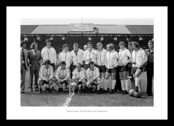 Derby County Memorabilia 1975 League Champions Team Photo