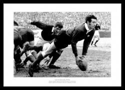 Gareth Edwards Memorabilia - 1970 Five Nations Wales Rugby Photo