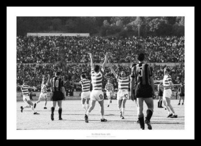 Celtic 1967 European Cup Final Whistle Celebrations Photo Memorabilia