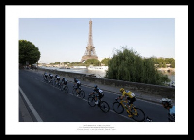 2013 Tour de France Memorabilia - Chris Froome & Team Sky Photo