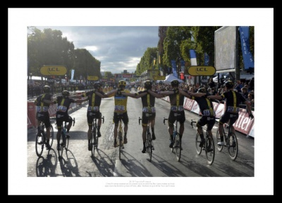 Chris Froome & Team Sky 2015 Tour de France Photo Memorabilia