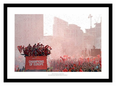 Liverpool FC 2019 Champions League Final Open Top Bus Photo Memorabilia