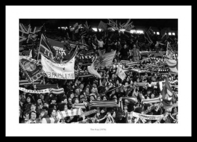 Anfield Stadium 1976 Liverpool Fans in the Kop Photo Memorabilia