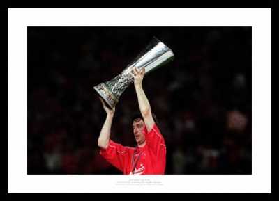 Robbie Fowler Liverpool 2001 Uefa Cup Final Photo Memorabilia