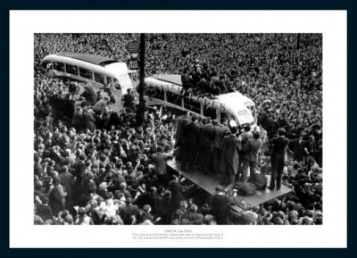 Manchester United 1948 FA Cup Final Open Top Bus Photo Memorabilia