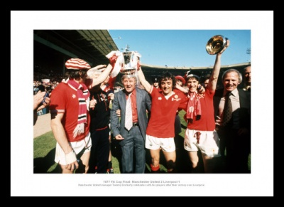 Manchester United 1977 FA Cup Final Team Photo Memorabilia