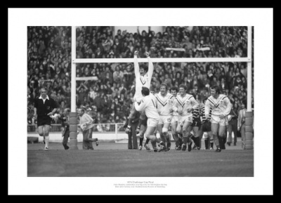 Warrington 1974 Rugby League Challenge Cup Final Photo