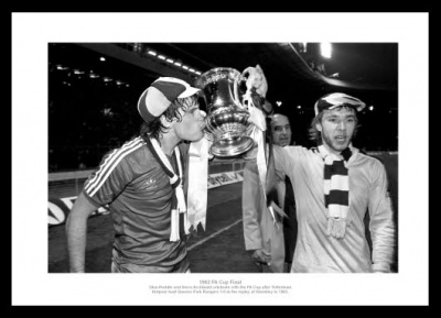 Tottenham Hotspur 1982 FA Cup Final Photo Memorabilia