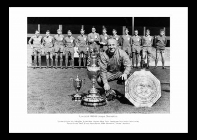 Liverpool 1966 League Champions Bill Shankly & Team Photo