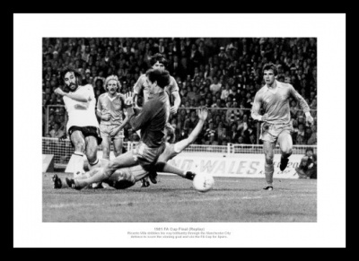 Spurs Memorabilia -  1981 FA Cup Final Ricky Villa Goal Photo
