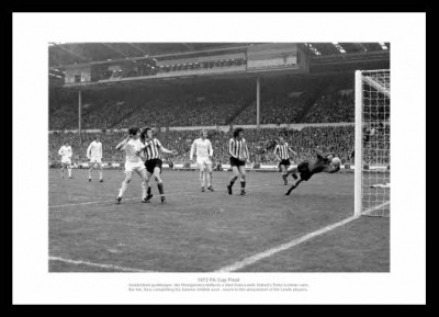 Sunderland 1973 FA Cup Final Jim Montgomery Save Photo Memorabilia