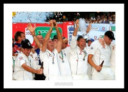 Ashes 2005 England Team Celebrations Photo Memorabilia