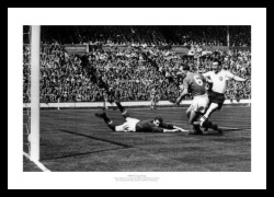 Bolton Wanderers 1958 FA Cup Final Nat Lofthouse Goal Photo