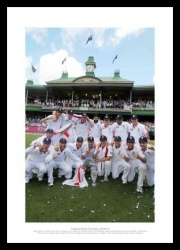 England Cricket Team 2011 Ashes Team Celebrations Photo Memorabilia