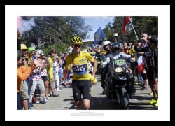 Chris Froome Runs to Finish Line 2016 Tour de France Photo Memorabilia