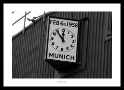 Manchester United Munich Clock Old Trafford Stadium Photo Memorabilia