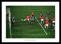 Manchester United 1999 Champions League Winning Goal Photo Memorabilia