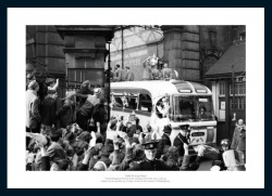 Nottingham Forest 1959 FA Cup Final Open Top Bus Photo Memorabilia