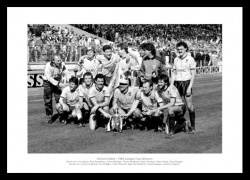 Oxford United 1986 League Cup Final Team Photo Memorabilia