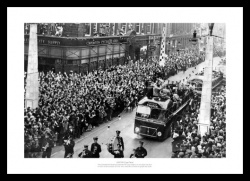 Sunderland 1937 FA Cup Final Street Celebrations Photo