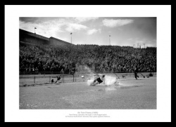 Tom Finney 'Splash' Preston North End Photo Memorabilia
