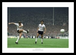 Tottenham Hotspur 1981 FA Cup Final Hoddle & Ardiles Photo Memorabilia