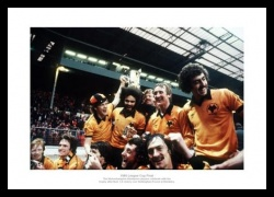Wolverhampton Wanderers 1980 League Cup Final Team Photo Memorabilia