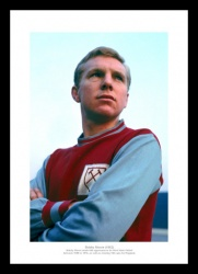 Bobby Moore 1962 West Ham United Photo Memorabilia